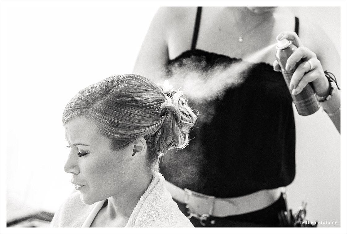 Ankleiden-Getting-Ready-Hochzeitsfotograf-Leifhelm-Foto-03