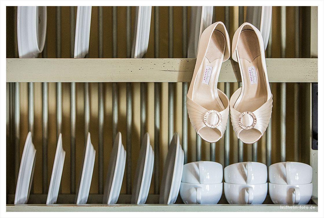 Ankleiden-Getting-Ready-Hochzeitsfotograf-Leifhelm-Foto-07