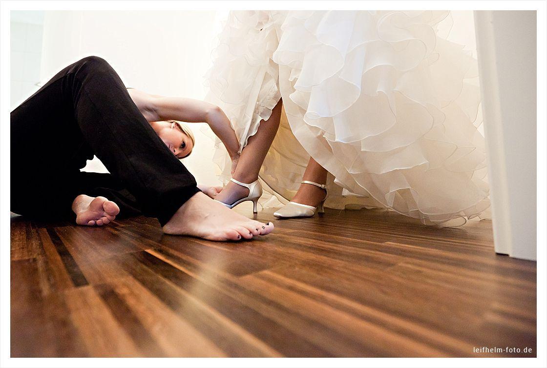 Ankleiden-Getting-Ready-Hochzeitsfotograf-Leifhelm-Foto-10
