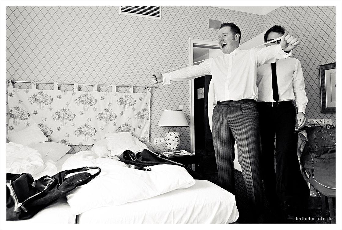 Ankleiden-Getting-Ready-Hochzeitsfotograf-Leifhelm-Foto-12