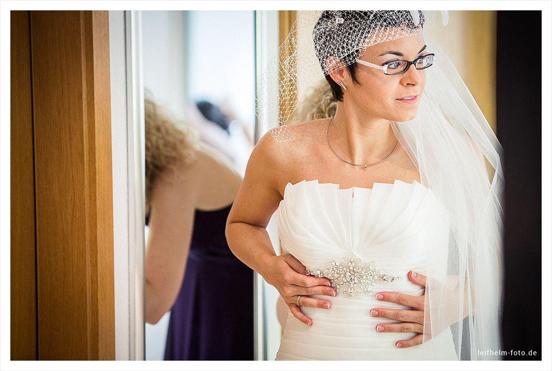 Ankleiden-Getting-Ready-Hochzeitsfotograf-Leifhelm-Foto-26