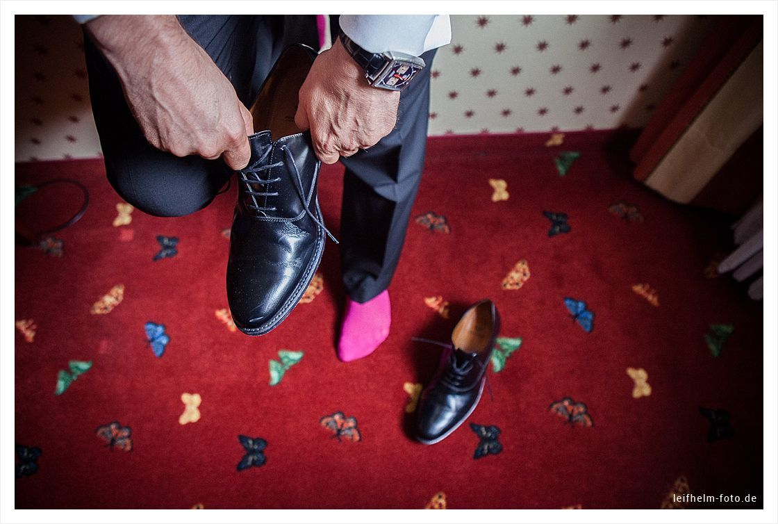 Ankleiden-Getting-Ready-Hochzeitsfotograf-Leifhelm-Foto-33