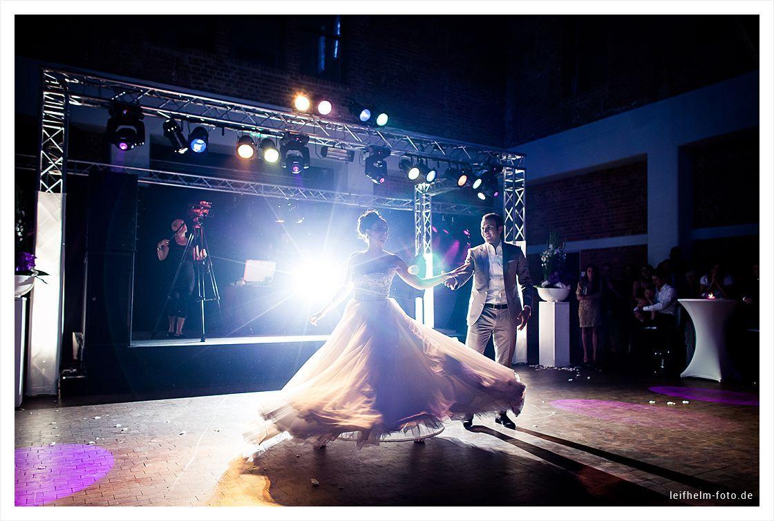 Hochzeitsfeier-Party-Hochzeitsfotograf-Leifhelm-Foto-13