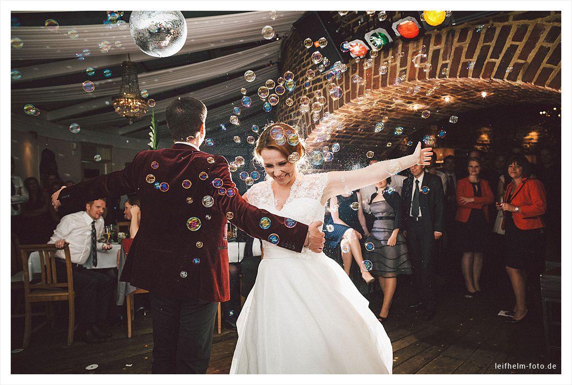 Hochzeitsfeier-Party-Hochzeitsfotograf-Leifhelm-Foto-36
