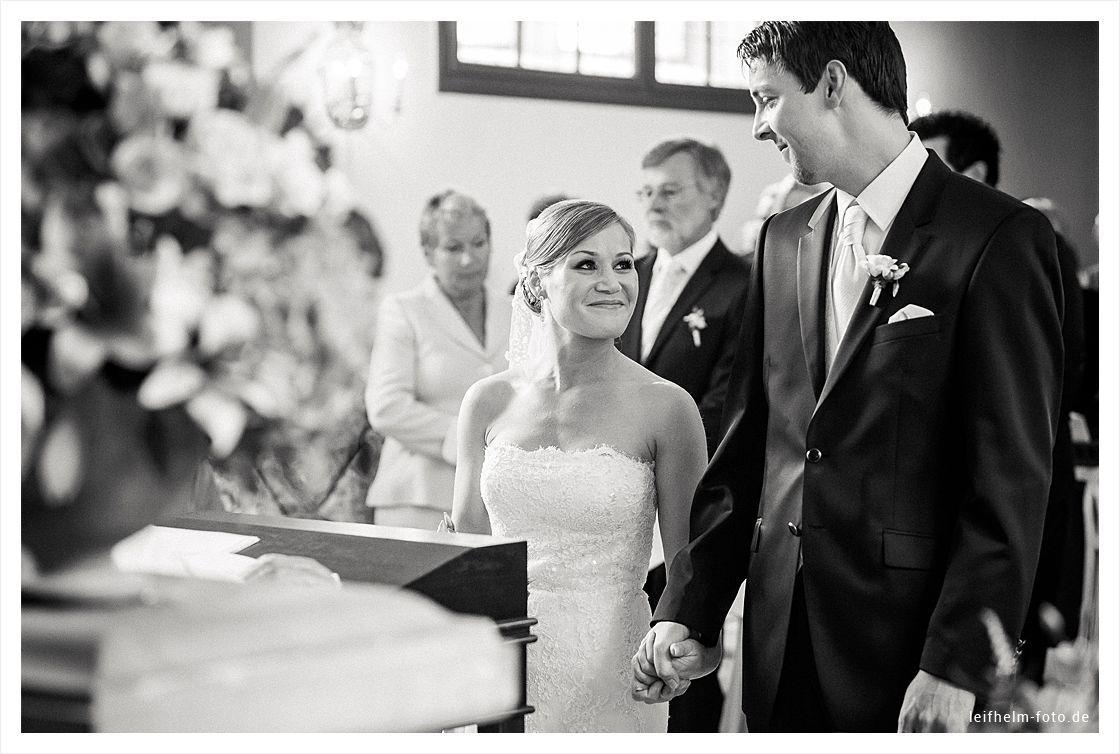Kirche-Trauung-Hochzeitsfotograf-Leifhelm-Foto-01