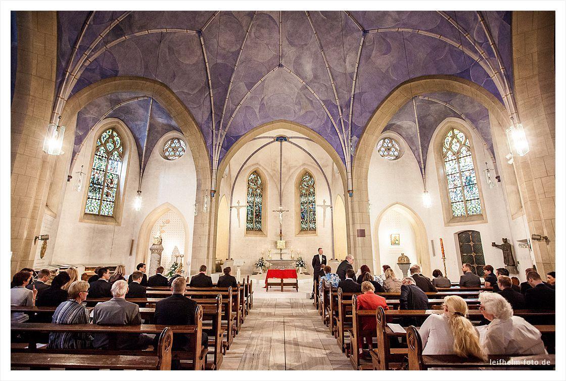 Kirche-Trauung-Hochzeitsfotograf-Leifhelm-Foto-02